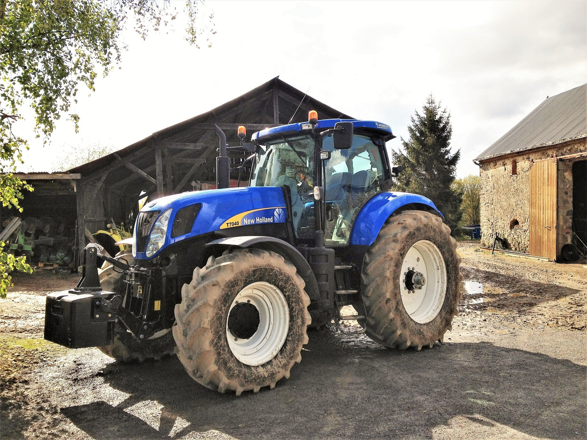 XBEE fuel technology New Holland tractor