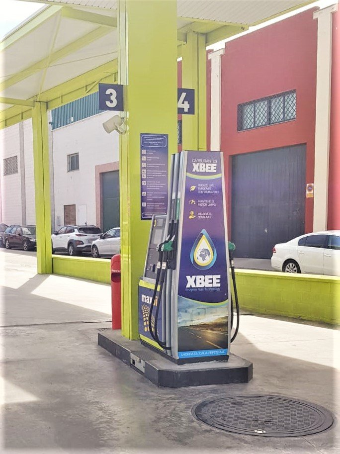 Maxoil Petroleum gas stations, Spain - Engine cleaner